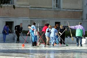 Στήριξη ΓΣΕΕ στις κινητοποιήσεις των σχολικών καθαριστριών
