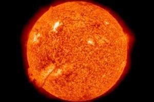 Εντυπωσιάζουν πρόσφατες ηλιακές εκρήξεις