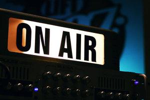 Παράταση λειτουργίας ραδιοφωνικών και τηλεοπτικών σταθμών