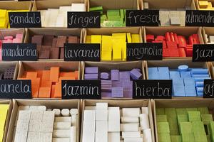 Ποικιλία αρωμάτων από τα φυτικά σαπούνια
