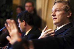 Ο Mr. WikiLeaks φοβάται για τη ζωή του