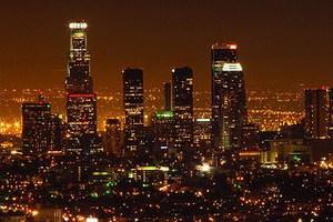 Τα φώτα της πόλης ρυπαίνουν τον ατμοσφαιρικό αέρα
