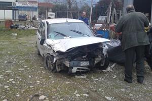 Δυο τραυματίες σε σύγκρουση αυτοκινήτων