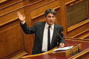 Γ. Αμοιρίδης: Δεν πρότεινα εγώ την επιστροφή της ωφέλειας από τις αποδείξεις