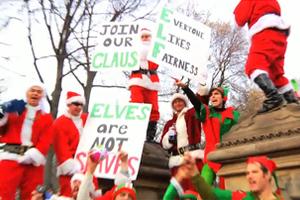 Διαδήλωση «ξωτικών» κατά του Santa Claus