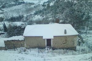 Το σπίτι που βρήκε μαρτυρικό θάνατο η ηλικιωμένη