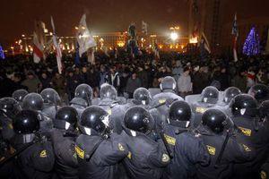 Στο μικροσκόπιο της ΕΕ Λευκορώσοι αστυνομικοί και δικαστικοί