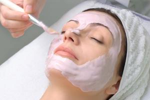 Φυσική μάσκα αντιγήρανσης και λάμψης