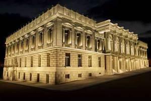 Νέο όραμα για το Εθνικό Θέατρο από τον Στάθη Λιβαθινό