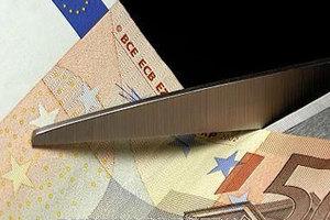 Μυστική έκθεση για κούρεμα όλων των δανείων