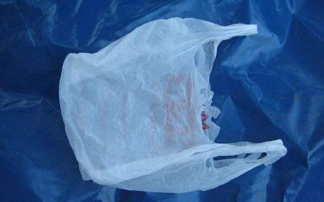 Πλαστικές σακούλες τέλος