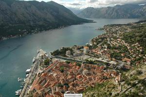 Σύσφιξη σχέσεων με το Αζερμπαϊτζάν θέλει το Μαυροβούνιο
