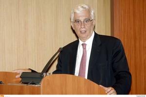 Δεν κατεβαίνει στις ευρωεκλογές ο Ιωάννης Τσουκαλάς