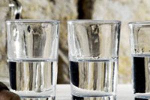 Διήμερες εκδηλώσεις για το ούζο στο Πλωμάρι