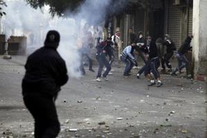 Ο ηγέτης ισλαμικού κόμματος στην Αλγερία απειλεί με επανάσταση