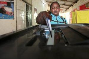 Έκλεισαν οι κάλπες στο Σουδάν