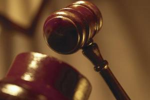 Δικηγόρος «γιαλαντζί»
