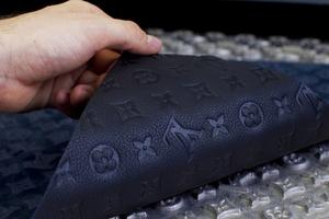 Διάψευση της Louis Vuitton για μαϊμού προϊόντα