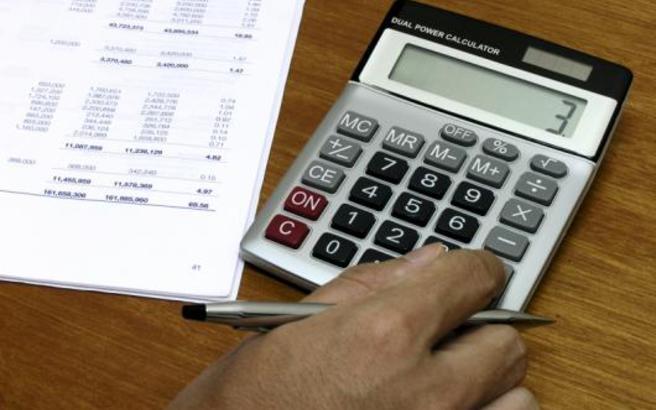 Σχέδιο απαλλαγής ΦΠΑ για ΜμΕ και ελεύθερους επαγγελματίες