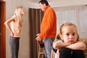 Πιο ευάλωτα τα παιδιά χωρισμένων γονιών