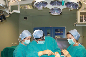Θύματα της πολύωρης εργασίας οι χειρουργοί