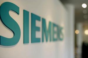 Εντοπίστηκαν ύποπτα εμβάσματα στην υπόθεση της Siemens