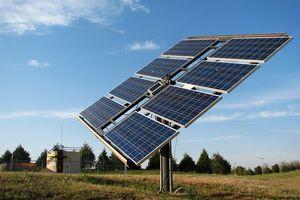 Μεγάλες οι δυνατότητες της Ελλάδας για αιολική και ηλιακή ενέργεια