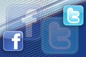 Καταργήθηκαν ψεύτικοι λογαριασμοί υποστηρικτών του Τραμπ σε Facebook και Twitter