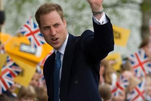 Πυρ ομαδόν από τον βρετανικό Τύπο κατά του πρίγκηπα Ουίλιαμ