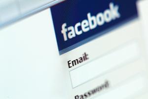 Το facebook γίνεται... βιντεοκλάμπ!