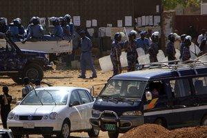 Αιματοβαμμένη επίθεση σε βάση του ΟΗΕ στο Σουδάν