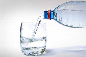 Κάντε τα ποτήρια να δείχνουν σαν καινούργια