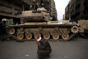Δεν αποκλείεται να επέμβει ο στρατός στην Αίγυπτο