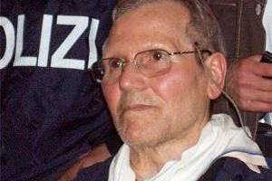 Ζητεί να αφεθεί ελεύθερος ο νονός της Κόζα Νόστρα