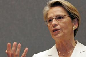 Κάλυψη Σαρκοζί στη Γαλλίδα υπουργό Εξωτερικών