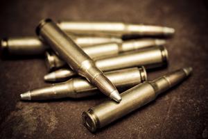 Όπλα και 120.000 σφαίρες βρέθηκαν στα δύο οχήματα στην Αλεξανδρούπολη