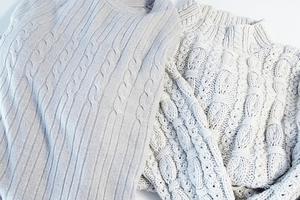 Πώς να διώξετε τους κόμπους από το πουλόβερ