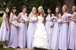 Άλλαξε εννέα νυφικά στο γάμο της!