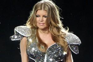 Η Fergie στο πλευρό της Aguilera