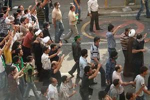 «Προδότες» οι ηγέτες της ιρανικής αντιπολίτευσης