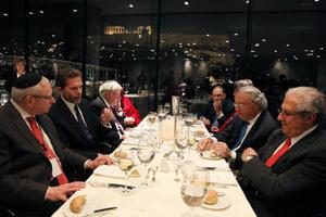 Δείπνο Γερουλάνου σε μέλη αμερικανο-εβραϊκών οργανώσεων