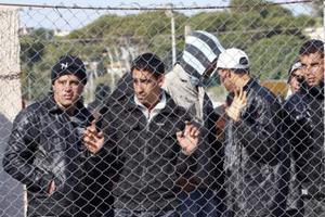 Απεργία πείνας 12 λαθρομεταναστών στο Σουφλί