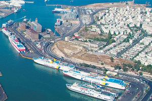 Σταθερά κρατάει τα τέλη στο λιμάνι του Πειραιά ο ΟΛΠ