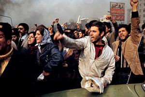 Προ των πυλών η επανάσταση στο Ιράν