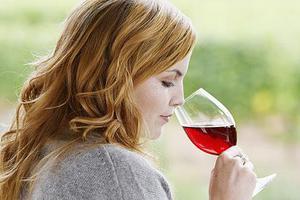 Το κόκκινο κρασί προστατεύει από τον καρκίνο του εντέρου