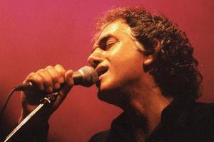 Ο Omar Faruk σε Αθήνα και Θεσσαλονίκη