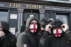 Συλλήψεις δεκάδων ακροδεξιών στο Λονδίνο