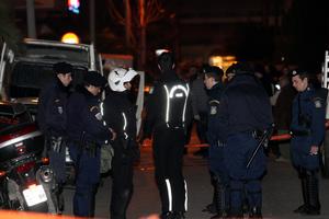 Παραμένει στην εντατική ο 23χρονος αστυνομικός του μακελειού στο Ρέντη