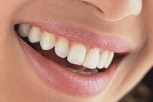 Σήματα κινδύνου για προβλήματα υγείας στέλνει το στόμα