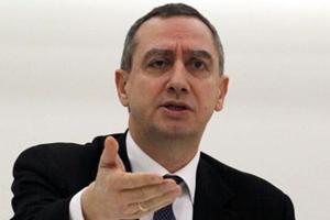 «Απορρίπτουμε άνευ σχολίου τις δηλώσεις Γιούνκερ»